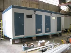 Washroom 4 stalls